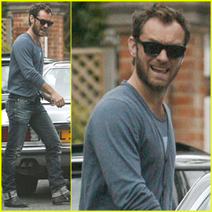 Jude Law Voted Stylish Celebrity Dad