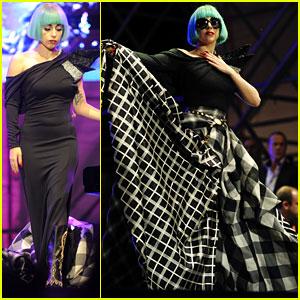 Lady Gaga: Roma EuroPride 2011 Performance!