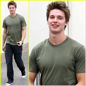 Patrick Schwarzenegger: Swift Cafe Roma Departure