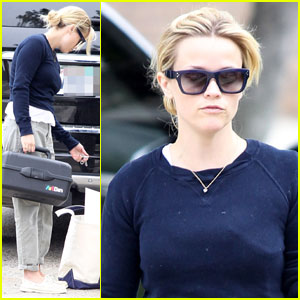Reese Witherspoon: Art Student in Pacific Palisades