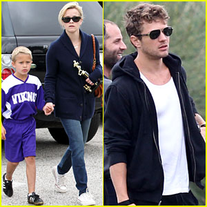 Reese Witherspoon: Deacon's Soccer Game with Ryan Phillippe!