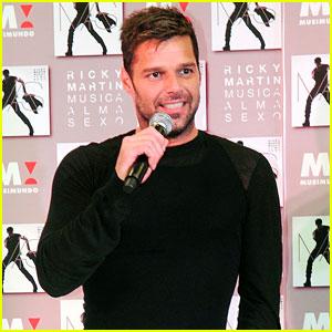 Ricky Martin Opens Children's Center in Puerto Rico!
