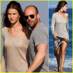 Rosie Huntington-Whiteley & Jason Statham: Sandy Beach Stroll