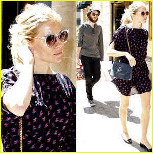 Sienna Miller & Tom Sturridge: Chicago Couple!