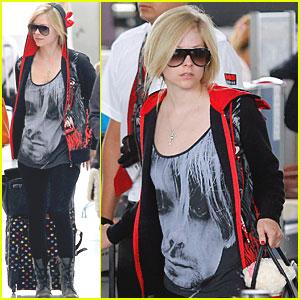 Avril Lavigne: New Fragrance Almost Done!