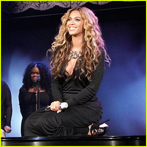Beyonce Performs on 'The View'