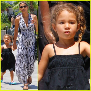 Halle Berry: Westfield with Nahla!