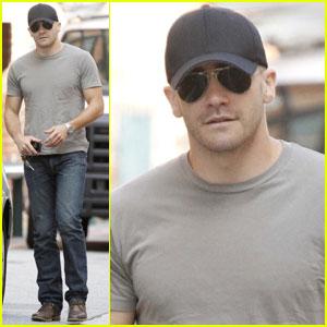 Jake Gyllenhaal: 'Man vs. Wild' Sneak Peeks!