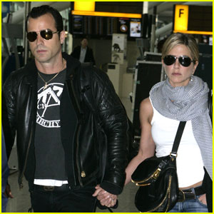 Jennifer Aniston & Justin Theroux: Holding Hands at Heathrow!