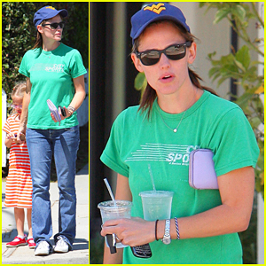 Jennifer Garner: Playdate with Violet!
