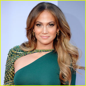 Jennifer Lopez: Wedding Singer in Ukraine!
