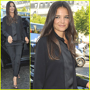Katie Holmes: Armani Prive Haute Couture Fashion Show!
