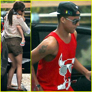 Katie Holmes & Tom Cruise: Miami Hotel Arrival with the Kids!