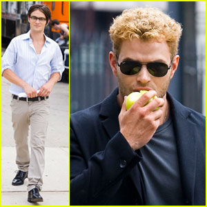 Kellan Lutz Eats an Apple in the Big Apple