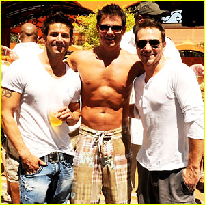 Nick Lachey: Shirtless Bachelor Party with 98 Degrees Guys!