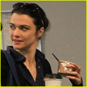 Rachel Weisz Debuts Wedding Ring