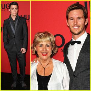 Ryan Kwanten: Hugo Show with Mom Kris!