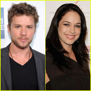 Ryan Phillippe Welcomes Baby Girl with Alexis Knapp?