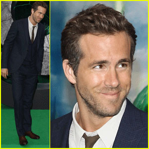Ryan Reynolds: 'Green Lantern' Berlin Premiere!