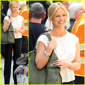 Sarah Michelle Gellar Works on 'The Ringer'