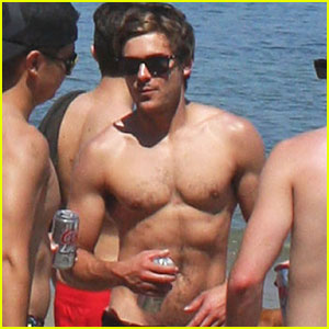 Zac Efron: Shirtless on Fourth of July!