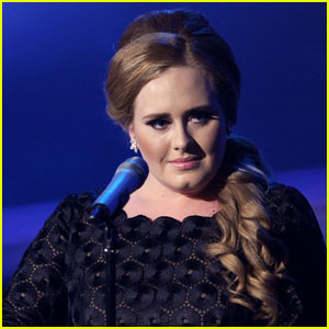 Adele: 'Someone Like You' Performance at VMAs!