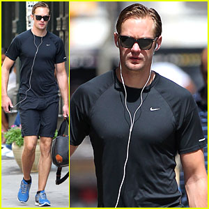 Alexander Skarsgard: Wednesday Workout!