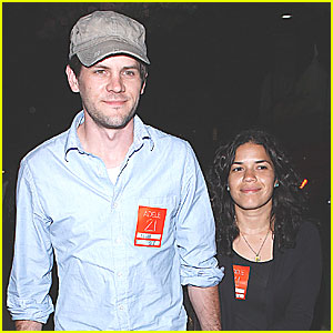 America Ferrera: Adele Concert with Ryan Piers Williams!