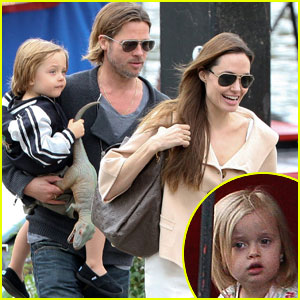 Angelina Jolie &#038; Brad Pitt: Puppet Show with the Twins!