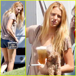 Blake Lively Plays with Penny on 'Savages' Set