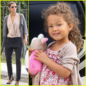 Halle Berry & Nahla: Pretty in Pink
