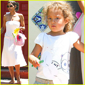 Halle Berry &#038; Nahla: Preschool Pair