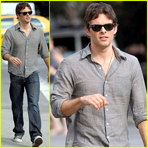 James Marsden: NYC Sunday Stroll!