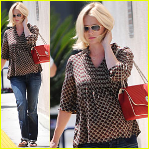 January Jones: FedEx Package Drop
