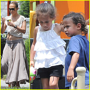 Jennifer Lopez: Playground with Max & Emme!