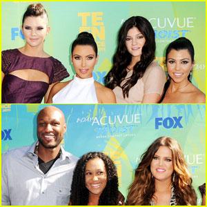 Kim, Kourtney & Khloe Kardashian - Teen Choice Awards 2011 Red Carpet