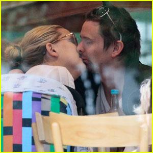 Kate Hudson & Matt Bellamy: Cafe Kiss