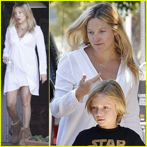 Kate Hudson Teaches Rachel Zoe To Be 'More Free Spirited'