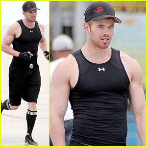 Kellan Lutz: Sporty Saturday!