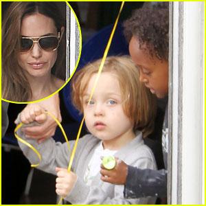 Angelina Jolie, Zahara, & Knox: Pottery Cafe Visit!