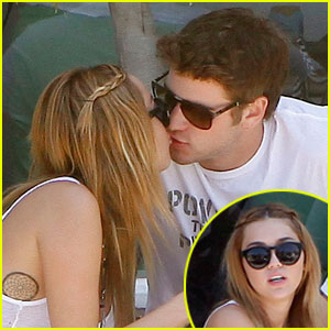 Miley Cyrus &#038; Liam Hemsworth: Sweetsalt Sweethearts