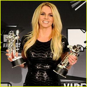 MTV VMAs Winners List 2011!