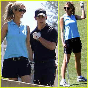 Nick Jonas &#038; Delta Goodrem Go Golfing!