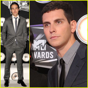 Pete Wentz & Gabe Saporta - MTV VMAs 2011 Red Carpet