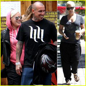 Pink: 'Carey Hart is My Hero'