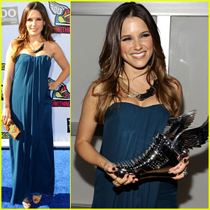 Sophia Bush - Do Something Awards 2011!