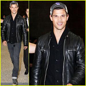 Taylor Lautner: Down Under Dude!
