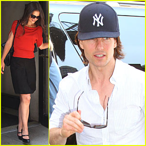 Katie Holmes & Tom Cruise Make It to Manhattan