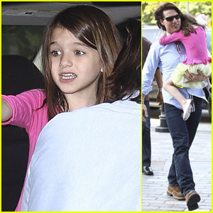 Tom Cruise & Suri: Chelsea Piers Playdate!