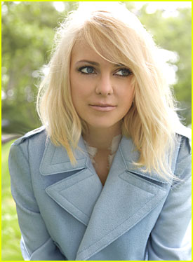 Anna Faris: I Want My Own Judd Apatow Crew!